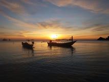 Sonnenuntergang und Boote Lizenzfreies Stockbild