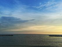 Sonnenuntergang und Himmel Lizenzfreie Stockbilder