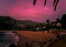 Sonnenuntergang und Mond Stockbild