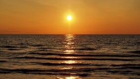 Sonnenuntergang und orange Himmel Lizenzfreies Stockbild