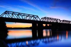 Sonnenuntergang Victoria Bridge Penrith Australia stockbilder