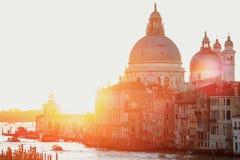 Sonnenuntergang von Accademia-` s Brücke Venedig, Italien Santa Maria della Gruß Lizenzfreie Stockfotografie