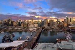 Sonnenuntergang von Darling Harbour Lizenzfreies Stockfoto
