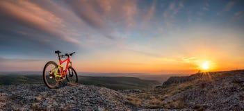 Sonnenuntergang von der Spitze Stockfoto