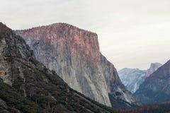 Sonnenuntergang in Yosemite Stockfotos