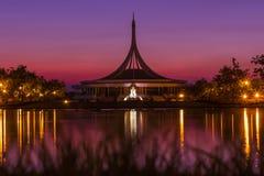 Sonnenuntergang-Zeit in Bangkok Lizenzfreies Stockfoto