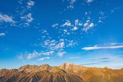Sonnenuntergangansicht des Bergs Chugush Stockbild