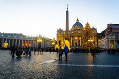 Sonnenuntergangansicht in die Vatikanstadt, Italien stockbild
