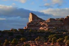 Sonnenuntergangc$halb-haube Stockbild