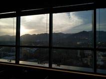 Sonnenunterganggebirgsnatur Lizenzfreies Stockbild