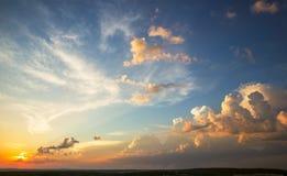 Sonnenunterganghimmel Lizenzfreie Stockfotos