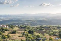 Sonnenunterganglandschaft Toskana stockfotos