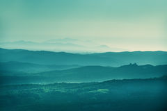 Sonnenunterganglandschaft Toskana stockfotografie
