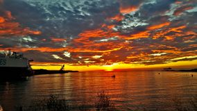 Sonnenuntergangschiff; u. x29; Stockfoto