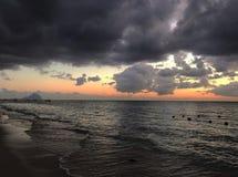 Sonnenuntergangstrand Mauritius Island stockbild
