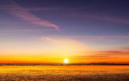 Sonnenuntergangstrand in Myanma Stockfotografie