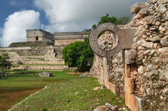 Sonnez le jeu de bille maya dans la ville antique d'Uxmal Images libres de droits