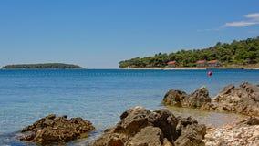 Sonnige adriatisches Seelandschaft Lizenzfreie Stockbilder