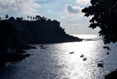 Sonnige Bucht in Acapulco Lizenzfreie Stockbilder