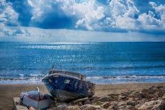 Sonnige Küste in Italien Stockbild