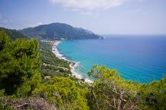 Sonnige Landschaft nahe Agios Gordios, Korfu-Insel, Griechenland Stockbilder