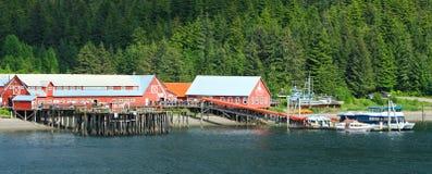 Sonniger eisiger Straße-Punkt Alaskas Stockfotos