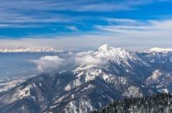 Sonniger Morgen an der Südseite der Alpen, Berg Krvavec, slowenisch Alpen Lizenzfreie Stockbilder