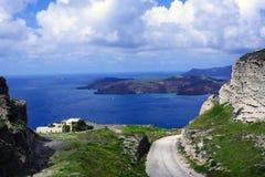Sonniger Morgen des Sommers auf der Insel von Santorini, Griechenland stockfoto