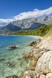 Sonniger Sommertag in adriatischem Meer Kroatien Europa Lizenzfreies Stockfoto