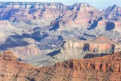 Sonniger Tag des Grand Canyon mit blauem Himmel Lizenzfreies Stockbild