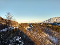 Sonniger Tag in Kvenvik Finnmark Lizenzfreie Stockfotos