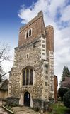 Sonniger Tag an ` s St. Dunstan Kirche, in Cranford-Park Stockfoto