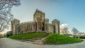 Sonniger Tagschloss von Guimarães Portugal Lizenzfreies Stockfoto