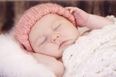 Sonno della neonata Immagini Stock