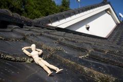 Sonno di legno della bambola Fotografie Stock Libere da Diritti