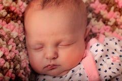 Sonno rosa neonato Fotografia Stock