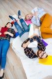 Sonno stanco degli impiegati Fotografie Stock