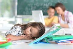 Sonno stanco della ragazza Fotografia Stock Libera da Diritti