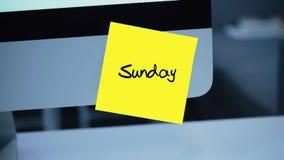 sonntag Tage der Woche Die Aufschrift auf dem Aufkleber auf dem Monitor vektor abbildung