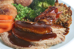 Sonntags-Braten-Schweinefleisch-Abendessen Stockfotografie
