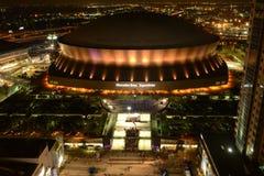 Sonntags-Spiel-Nacht bei Superdome Stockbild