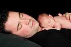 Sono do bebê e do paizinho Imagens de Stock