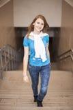 Sonrisa adolescente de la moda Fotografía de archivo libre de regalías