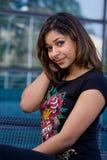 Sonrisa bonita de la muchacha del adolescente Imagen de archivo