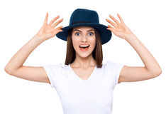 Sonrisa cómoda de la muchacha Fotografía de archivo libre de regalías