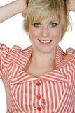Sonrisa cabelluda bastante rubia de la muchacha Imagen de archivo