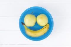 Sonrisa de la fruta creativa Imagen de archivo libre de regalías