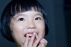 Sonrisa de la muchacha Foto de archivo