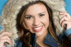 Sonrisa de la muchacha del invierno Fotografía de archivo