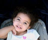 Sonrisa de la muchacha del niño Imagenes de archivo